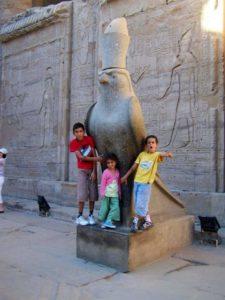 Croisière le Nil luxe | Christine, Floriano Gaspar et les enfants Janvier 2010