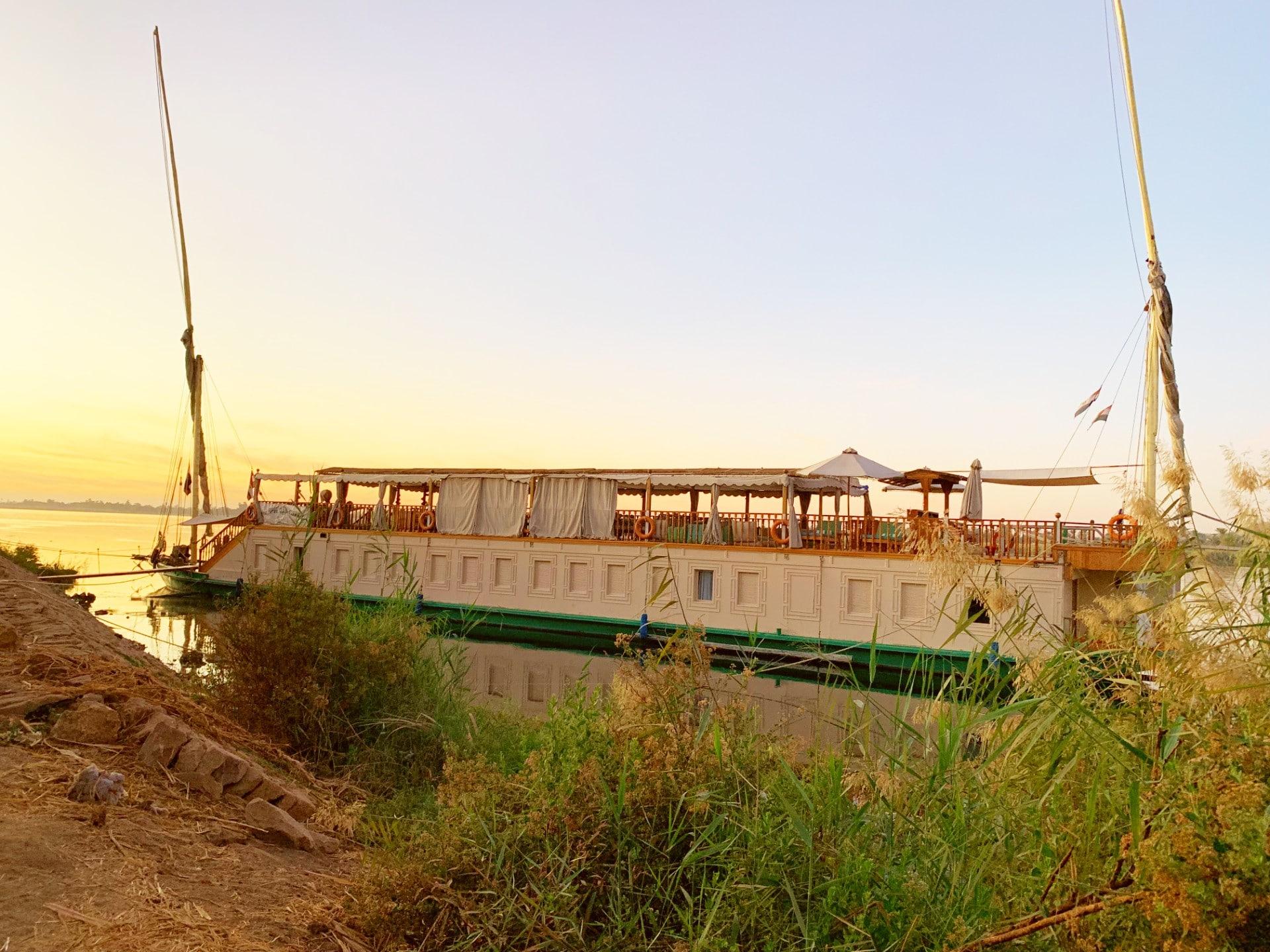 Le Nil en Dahabeya I ETIENNE Bérard & la famille
